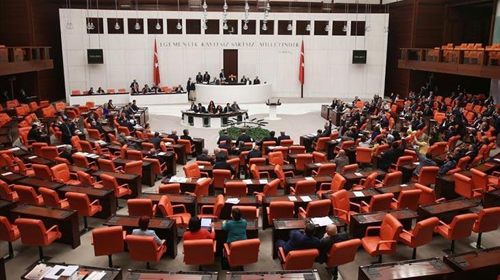 AK Parti yargı paketi taslağını MHP'ye sundu