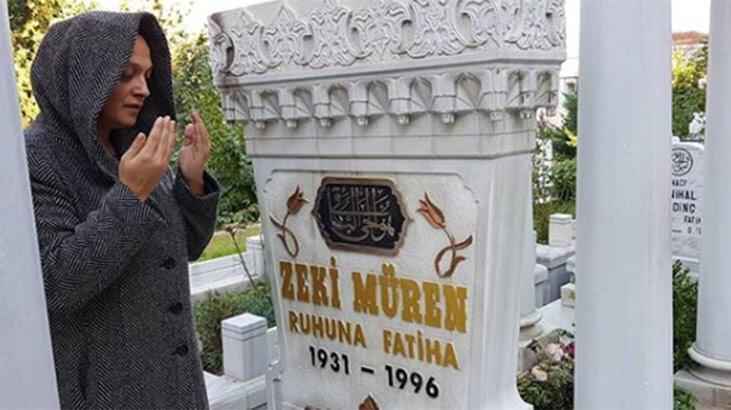 Zeki Müren'in mezarına ziyaret