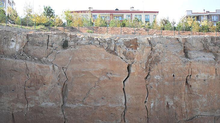 Konya'da 6 büyüklüğündeki deprem yıkıma neden olur