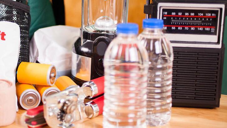 Deprem çantası nasıl hazırlanır? Deprem çantasında olması gereken malzemeler nelerdir?