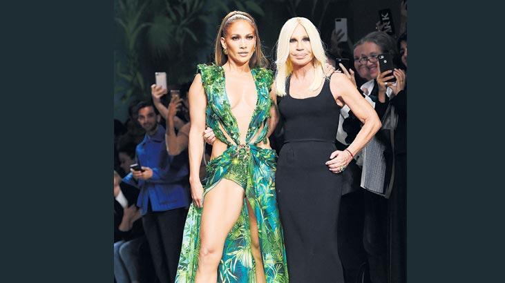 Versace'de  ikon çok