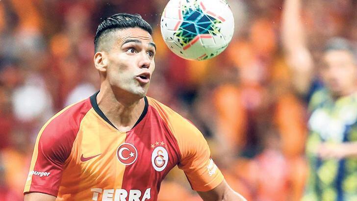 Galatasaray, Paris Saint Germain'i ağırlıyor!