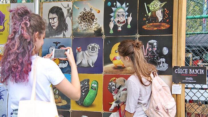 """İstanbul Comics and Art Festival """"Hayvan Gibi"""" temasıyla Beşiktaş sokaklarında"""