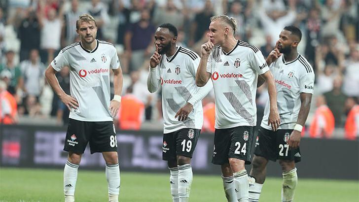 Beşiktaş, Wolverhampton'ı konuk ediyor