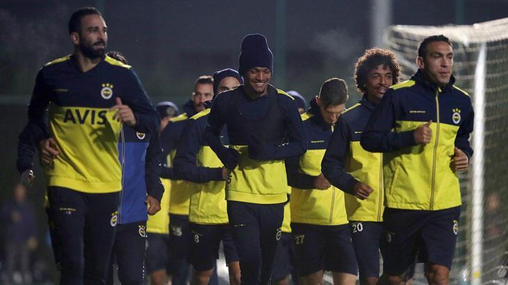 Fenerbahçe'de Denizlispor maçı hazırlıkları başladı