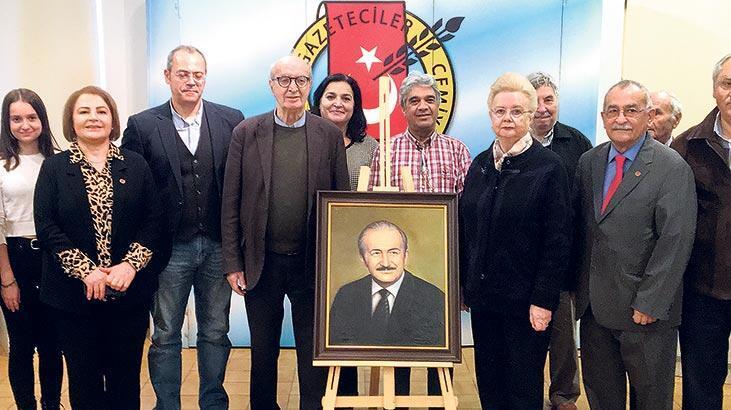 Haldun Taner portresi  Basın Müzesi'nde
