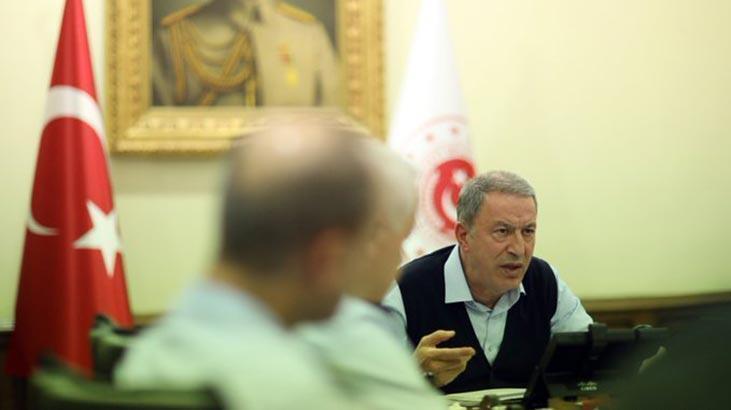 Bakan Akar'dan yoğun diplomasi trafiği
