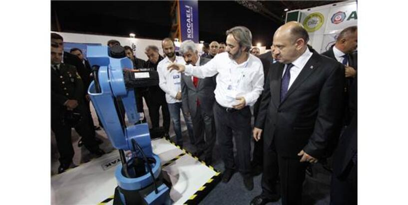 Başbakan Yardımcısı Işık'tan 'Atak Robot'a Özel İlgi