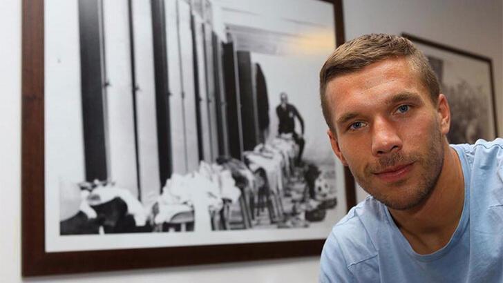 Lukas Podolski kulüp arıyor
