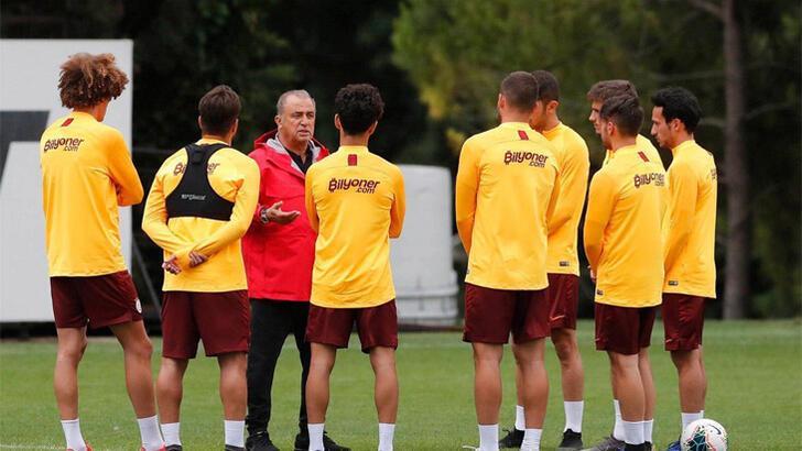 Son dakika | Galatasaray'da 3 imza birden