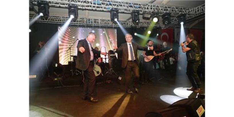 """İzmir'de """"Adana Tanıtım Günleri"""""""