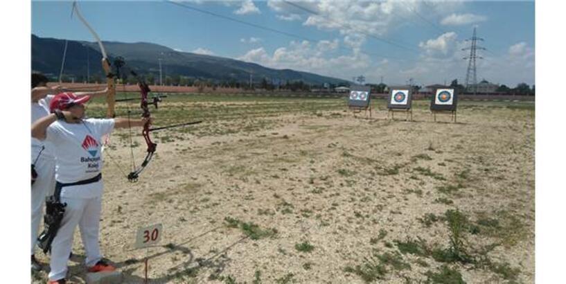 Kütahya'da 17 Yıl Aradan Sonra İlk Okçuluk Yarışı