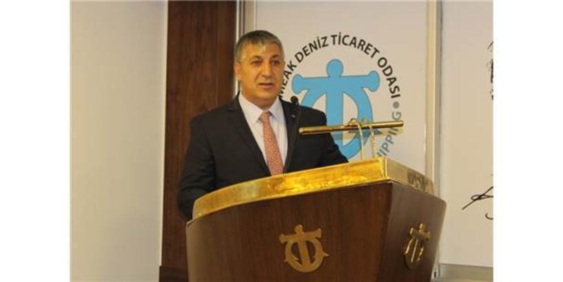 """İzmir Balıkçı İşadamları Derneği Başkanı'ndan """"Su Ürünleri Kanunu Değişsin"""" Talebi"""