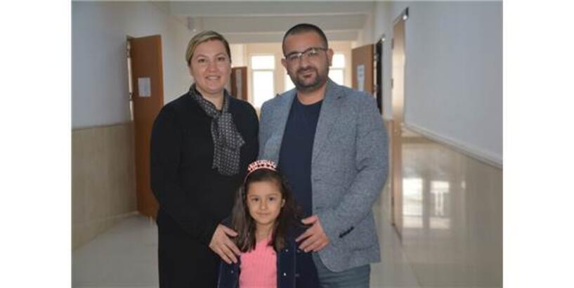 Kulu Çifti 'Yılın Doktoru Ve Öğretmeni' Oldu