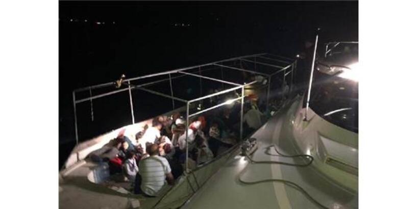 Didim Açıklarında 54 Kaçak Göçmen Yakalandı