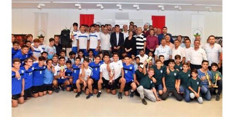 Osmangazi Belediyesi'nden Amatöre Spor Kulüplerine Destek
