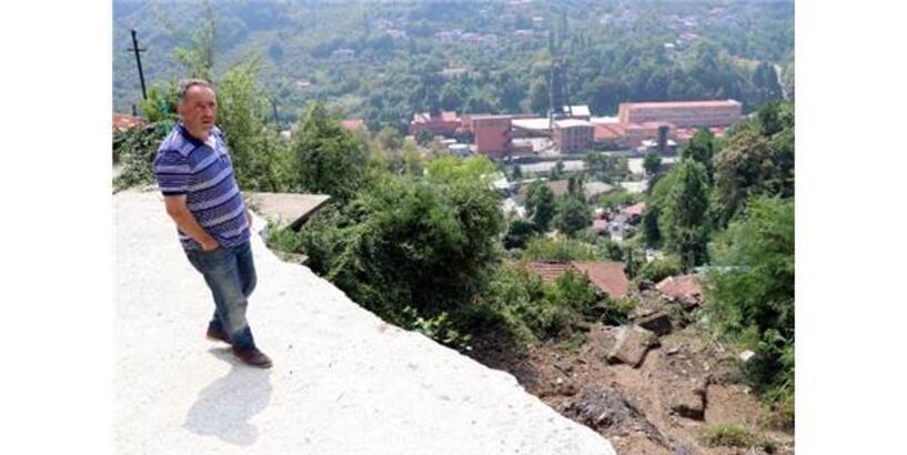 Zonguldak'taki Sağanakta 30 Konut, 1 Okul Ve 40 İş Yeri Zarar Gördü