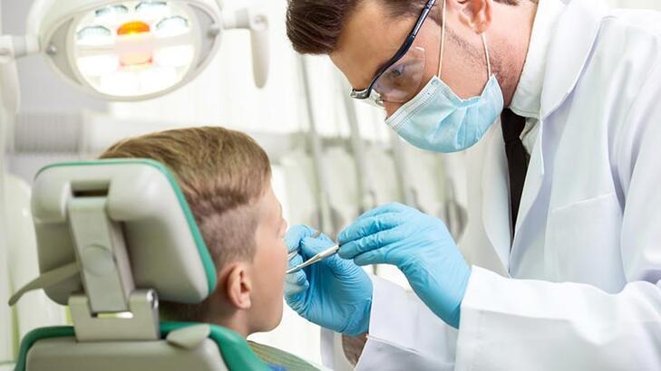 Çocuklarda diş muayenesi ne zaman yapılmalı?