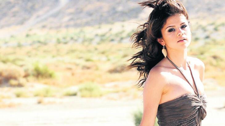 Yeni bir Selena...
