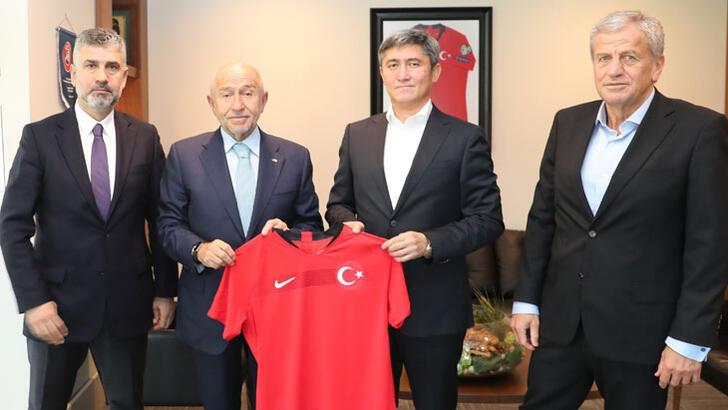 Kırgızistan Federasyon Başkanı Mamatov'dan Nihat Özdemir'e ziyaret