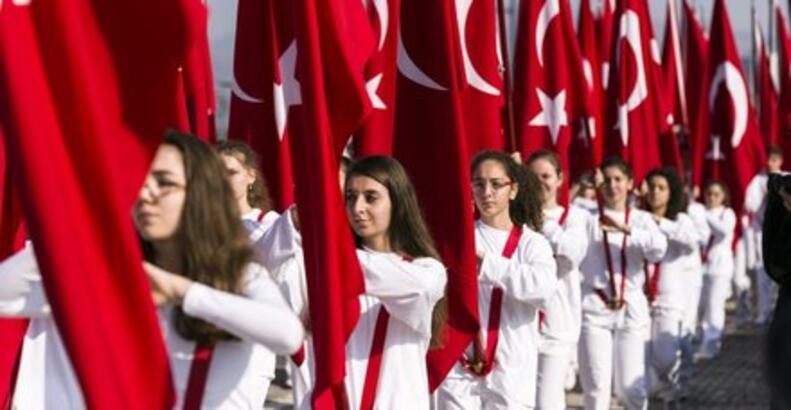 Cumhuriyet Bayramı tatili hafta sonu tatiliyle birleşecek mi? 28 - 29 Ekim tatil mi?