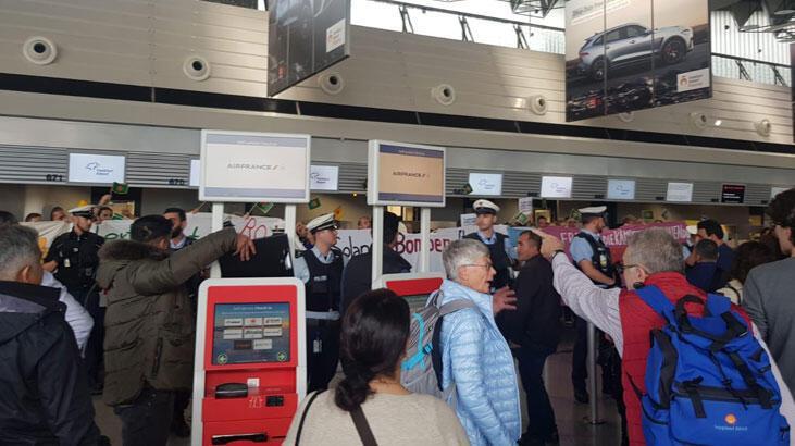Terör örgütü PKK/PYD yandaşları, Frankfurt Havalimanı'nda Türklere saldırdı
