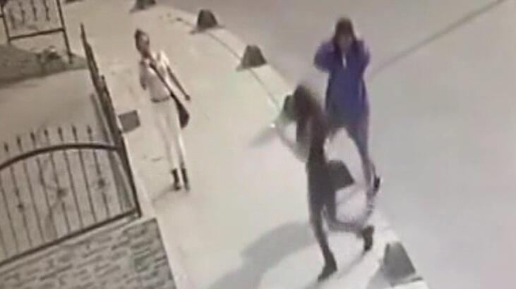 Son dakika: Evlere dadanan genç kız çetesi kamerada!