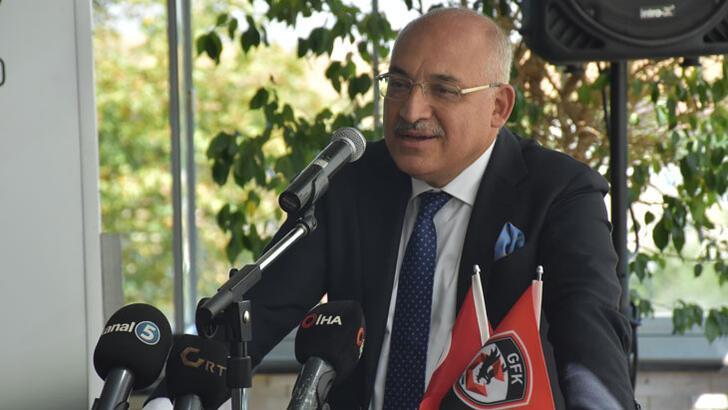 """Mehmet Büyükekşi: """"Rakiplerin çekindiği bir takım olduk"""""""