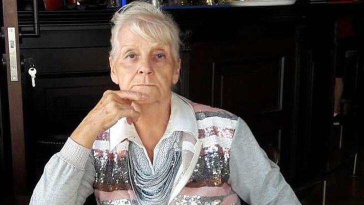 İzmir'de şampiyon kadın yüzücü evinde ölü bulundu