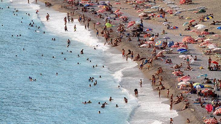 Antalya 16 milyon turist hedefine bir adım daha yaklaştı