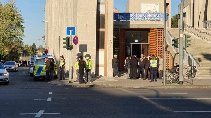 Köln'deki Türk İslam Birliği Genel Merkezi'ne bomba ihbarı asılsız  çıktı