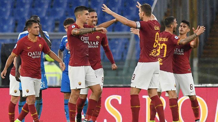 Roma, sahasında Napoli'yi 2 - 1 yendi