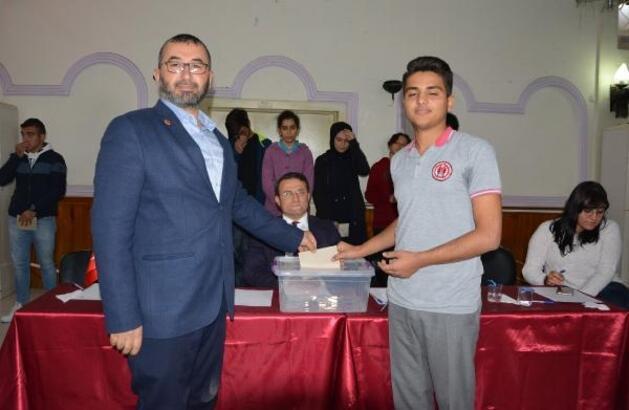 Korkuteli'de Gençlik Meclisi oluşturuldu