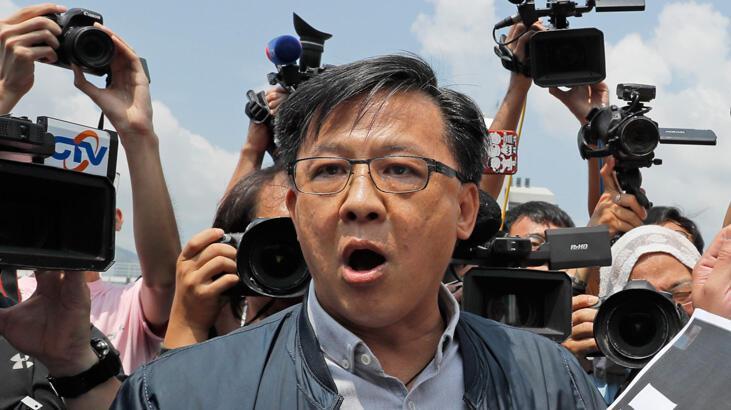 Hong Kong'da Pekin yanlısı siyasetçi bıçaklandı