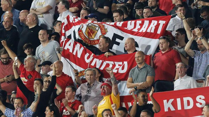 Manchester United'tan 10 bin kilometrelik kıyak