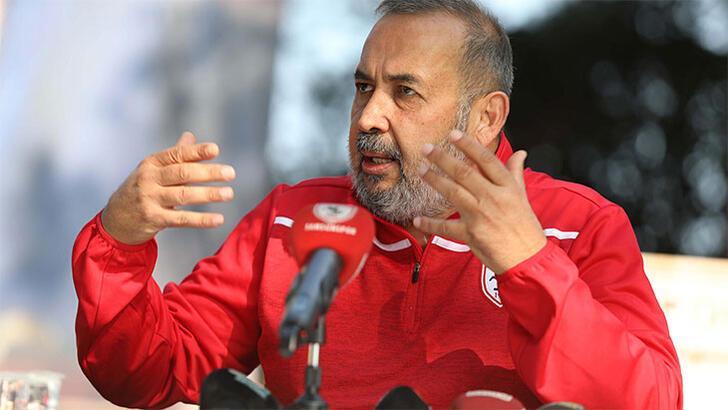 'Efsane başkan' İsmail Uyanık Samsunspor'daki görevlerini bıraktı