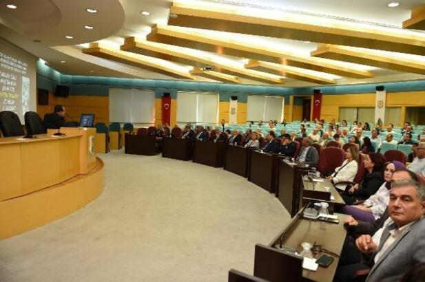 Atatürk Tarsus'ta adlı konferansa büyük ilgi