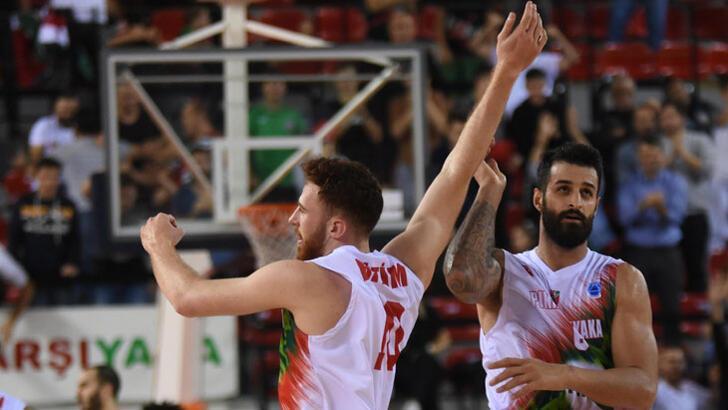 Pınar Karşıyaka-Spirou Basket: 92-54