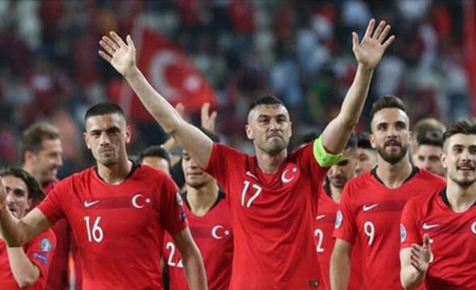 Türkiye-İzlanda milli maçı bu akşam saat kaçta hangi kanalda?