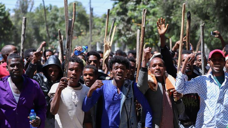Etnik kavga üniversiteye sıçradı