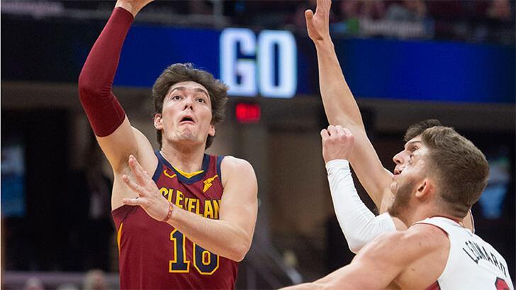 Mağlup olan Cavaliers'ta Cedi'den 12 sayı: 97-108