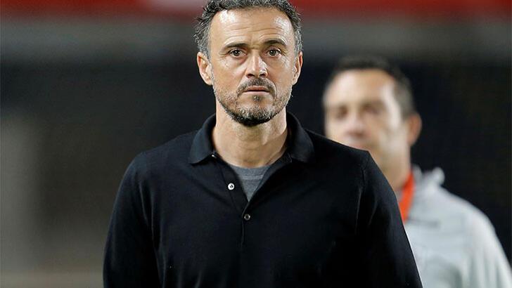 İspanya'da Luis Enrique geri döndü