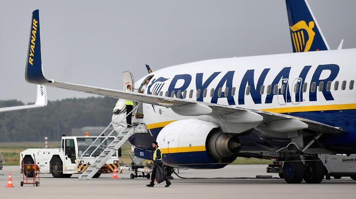 Uçakta el bagajına ek ücret alan şirkete ceza