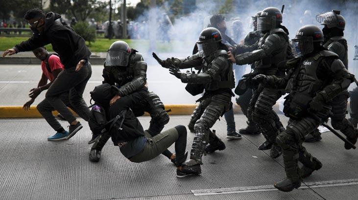Kolombiya'daki genel grevde çok sayıda gösterici gözaltında