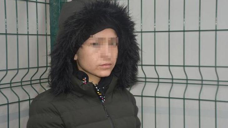 Genç kızı Yunan polisi dövdü, Türkiye sahip çıktı!