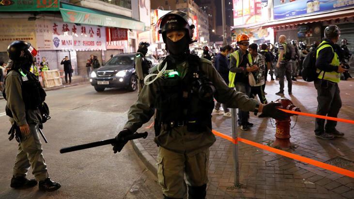 Hong Kong'daki sandık başında polisler olacak