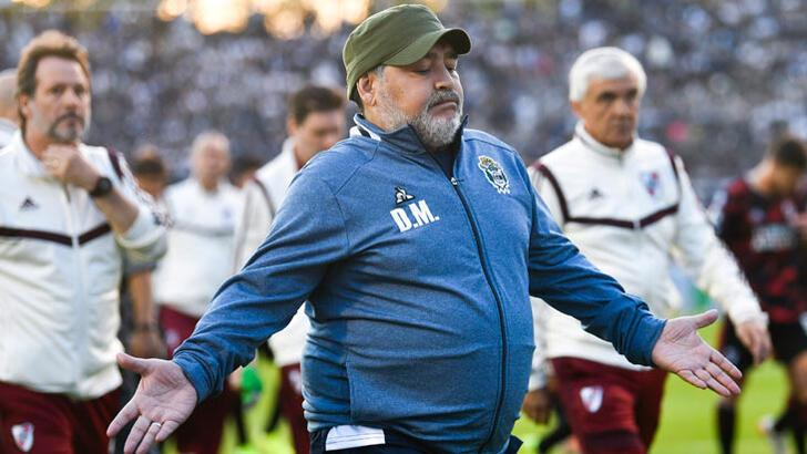 Maradona, Gimnasia'da teknik direktörlüğe devam edecek