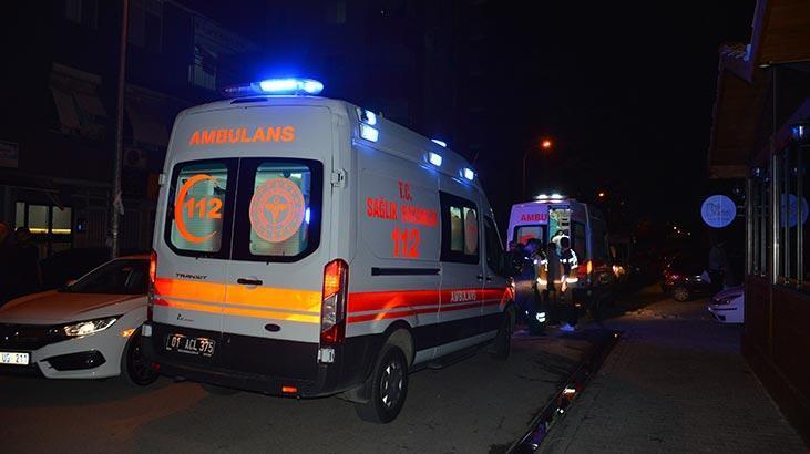 Adana'da iki grup arasındaki kavgada kan aktı: 2 yaralı