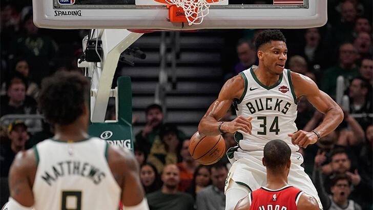 Bucks ve Lakers'tan üst üste 7. galibiyet