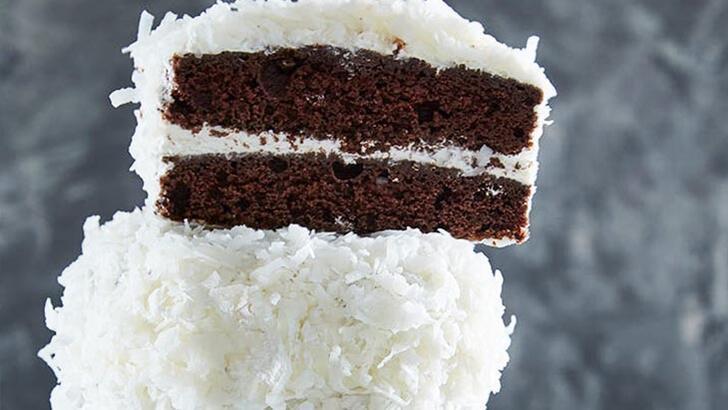 Yılbaşı için tatlı listenize ekleyebileceğiniz tarif: Mini çikolatalı kartopu kekleri